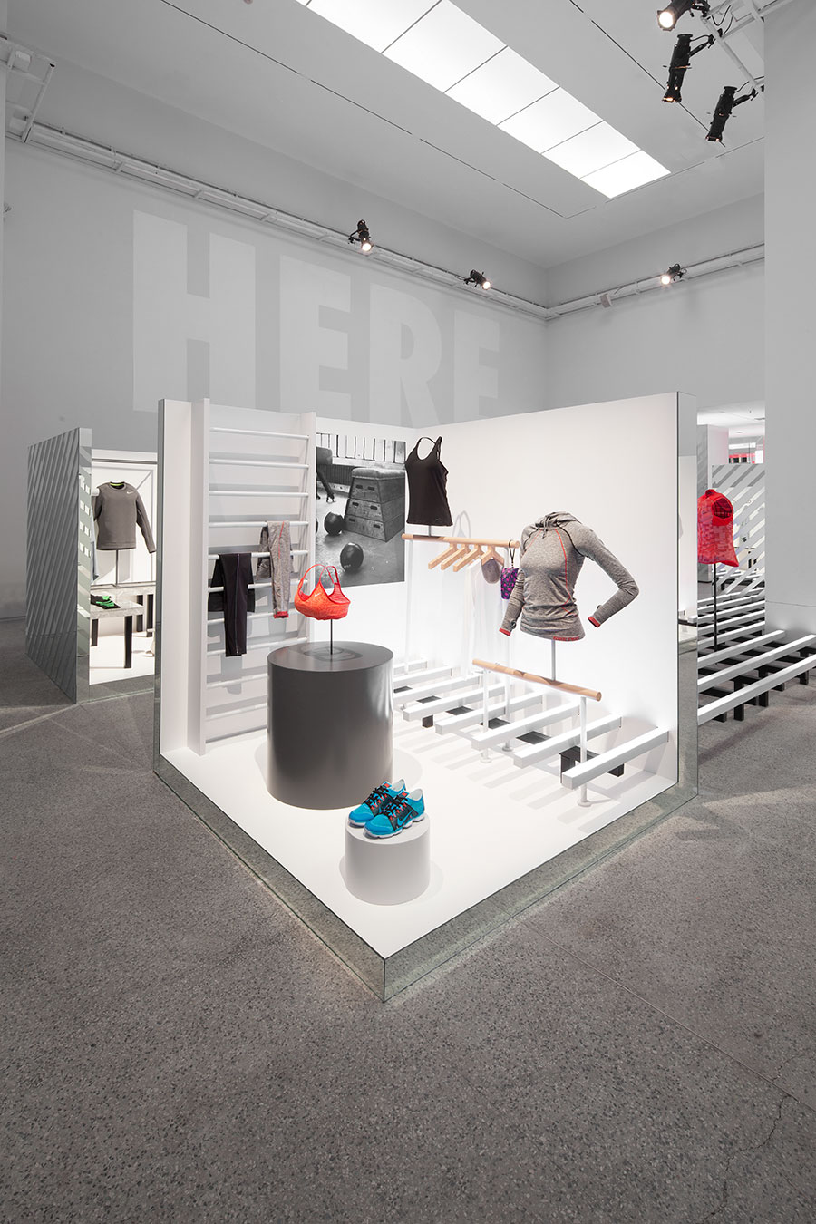 Exhibition Stand Fitter Jobs : Nike studio beijing coordination asia 协调