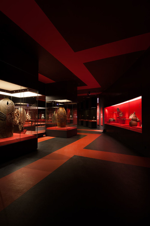Traditional Red Pottery Hall
